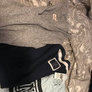 Hollister bundle